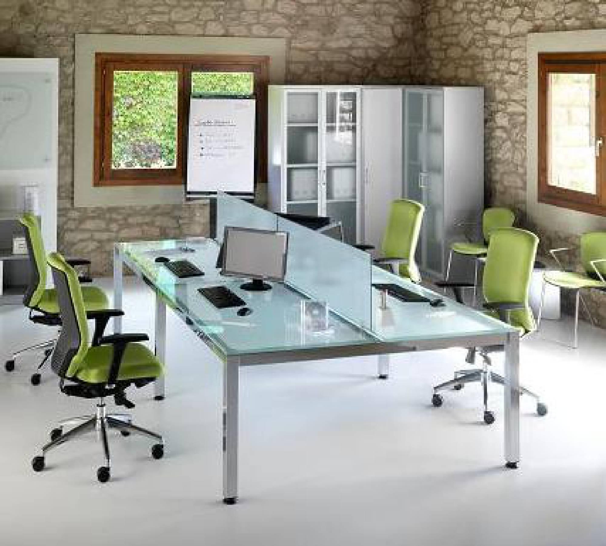 Mobiliario oficina moderno fabulous apostamos por el for Mesa oficina moderna